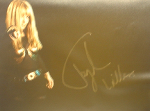 A052 - Toyah Wilcox Autographed 10 x 8 photo