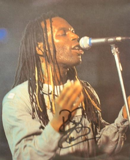 A072 - RANKING  ROGER Autographed top 10 x 8 photo