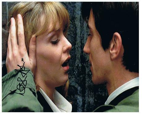 Quadrophenia 10x8 photograph Signed by LESLIE ASH A184